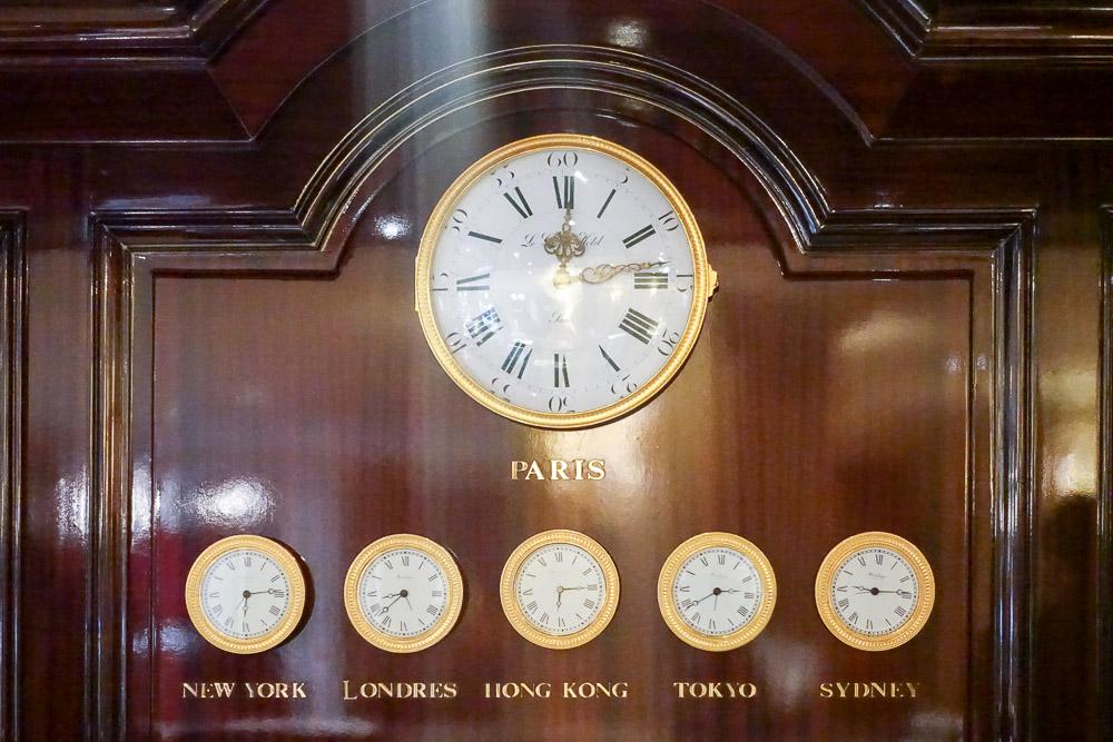 InterContinental Paris Le Grand Lobby Clock