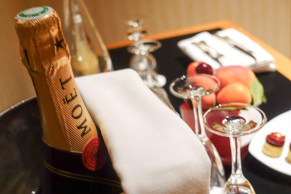 intercontinental-paris-le-grand-champagne-moet