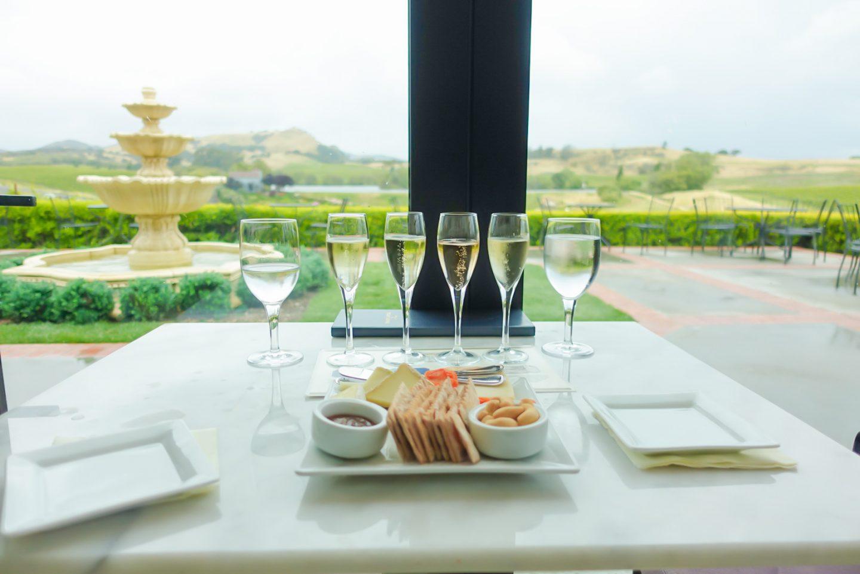 champagne-tasting-wine-domaine-carneros